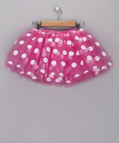 pink and polka dots..what else do we need? :) Cute for Minnie Mouse Party