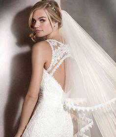 0edac4cdae80 Pronovias Arlet Wedding Dress - Mia Sposa Bridal Boutique Pronovias Arlet  Wedding Dress Geometry and floral