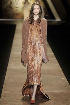 Nina Ricci Fall 2008 Ready-to-Wear Fashion Show - Yulia Kharlapanova (OUI)