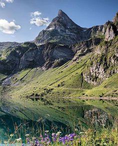#Repost @fitnessgirl_sue  ғᴇᴇʟ ᴛʜᴇ ᴍᴏᴜɴᴛᴀɪɴs  . . . #watermirror #nature_brilliance #swissalps #hikingadventures #happyadventuring #switzerland #nature #outdoor #explore_nature #wonderful_places #wildernessculture #mountainlake #naturphotografie #landscapelovers #wilderness #thegreatoutdoors #fantastic_earth #mountains #wathershot #feelthealps #berge #outdoorlovers #landscape #landscapelovers #wanderlust #naturelovers #splendid_shotz #feelthenature #liveoutdoors #nature_perfection via…