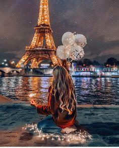 Eiffel tower 🗼 I ♥ Paris 2 Paris Photography, Girl Photography Poses, Eiffel Tower Photography, Disneyland Photography, Dreamy Photography, Paris Pictures, Paris Photos, Good Night All, Paris Wallpaper