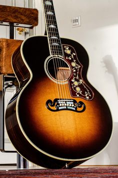 Gibson Acoustic, Gibson Guitars, Acoustic Guitars, Learn Guitar Chords, Sheryl Crow, Kirk Hammett, Music Rooms, Guitar Design, Mandolin
