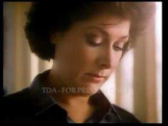 Lynda Bellingham. OXO Family Ad.