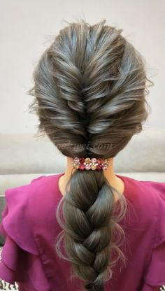 Here is 50 fabulous updo video ideas for long hair! Clip Hairstyles, Braided Hairstyles, Easy Hairstyle Video, Hair Upstyles, Stylish Hair, Big Hair, Hair Videos, Gorgeous Hair, Hair Trends