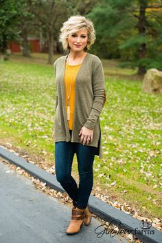 The Piper Patch Cardigan will have you looking your best! This lightweight sweater cardigan features a heather knit fabric and classic faux suede elbow patches. Open lapel with a slight v-neckline in Style Casual, Casual Fall Outfits, Mom Outfits, Winter Outfits, 50 Fashion, Fall Fashion Trends, Fashion Over 40, Fashion Outfits, Knit Fashion
