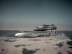 Four de Havilland Vampire of 213 Sqn from RAF Deversoir part of air defence force for Canal Zone over Egyptian desertApril De Havilland Vampire, Post War Era, Air Force Aircraft, Experimental Aircraft, Military Pictures, Military Jets, Royal Air Force, Fighter Jets, Aviation