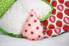 Luloveshandmade: Drop Baby Rattle (Sewing Tutorial for Beginners)