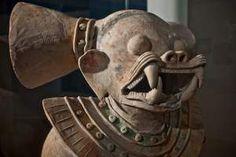 La figura del jaguar, perteneciente a la Cultura La Tolita, es una pieza de gran tamaño, considerada uno de los hallazgos más importantes de esta cultura. Foto: Vicente Gaibor