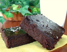 Vegan Flourless Banana & Chocolate Brownies