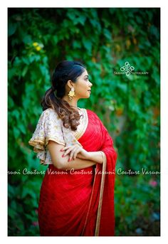 The Designer Sarees You Have Been Waiting For! Saree Blouse Neck Designs, Stylish Blouse Design, Fancy Blouse Designs, Kurta Designs, Designer Blouse Patterns, Design Patterns, Sleeves Designs For Dresses, Stylish Sarees, Designer Sarees