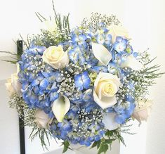 december wedding bouquets | December weddings yourself this year? Keep an eye out for the flowers ...