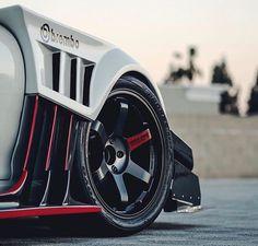 8,713 отметок «Нравится», 23 комментариев — Rays Wheels (@raysmsc) в Instagram: «Volk Racing TE37SL Black Edition II with Optional Red Spoke decal ••• #rays #raysmsc #volkracing…»