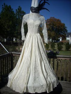 Vintage Wedding Gown Maurer Original Gown 1960 New by SassySuzyz, $170.00.....beautiful and what a buy!