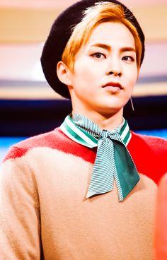Xiumin - 161108 SBS Inkigayo website update Credit: SBS. (SBS 인기가요)