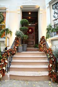 Habitually Chic®: Chic in NY: The Holiday Workshop