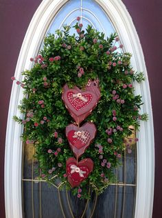 "Valentine winter ""Hearts"" wreath"