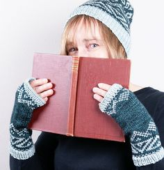 Ravelry: Hill Top Fingerless Mitts pattern by Cheryl Chow