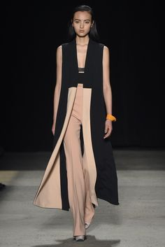 Narciso Rodriguez RTW Fall 2015 [Photo by Giovanni Giannoni]