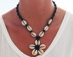 Hemp Jewelry, Hemp Bracelets, Necklaces, Anklets, Shell Chokers … - DIY and Crafts 2019 Cowrie Shell Necklace, Shell Choker, Hemp Necklace, Hemp Jewelry, Hemp Bracelets, Seashell Jewelry, Dainty Gold Necklace, Seashell Necklace, Shell Necklaces