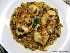bacallà amb camagrocs Bolet, Japchae, Food And Drink, Pork, Chips, Fish, Chicken, Meat, Ethnic Recipes