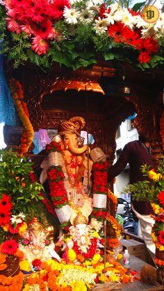 Ganpati Festival_Pune, Maharashtra, India.    click by [gp designs].