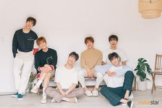 AROHAs pick out the image for the stretch goal - ASTRO subway advertisement! Astro Boy, Cha Eunwoo Astro, Korean Boy Bands, South Korean Boy Band, Korean Guys, Astro Wallpaper, Header Tumblr, Lee Dong Min, Advertisement Images
