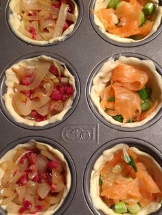 Puff pastry mini quiches - stilettos & sprouts - Mini puff pastry quiches Informations About Mini-Quiches aus Blätterteig – Stilettos & Sprouts Pi - Party Finger Foods, Snacks Für Party, Finger Food Appetizers, Appetizers For Party, Appetizer Recipes, Fingerfood Party, Sandwich Recipes, Mini Quiches, Breakfast Party
