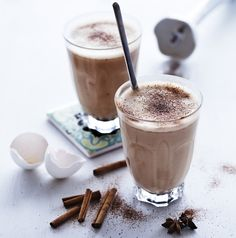 Are you in a hurry in the morning and want to try a new LCHF breakfast? Then this may be something for you. Today we have twogreat LCHF recipes, a super smoothie and a dairy-free latte: Super Smoothie Are you in a hurry in the morning? Then a smoothie may be a great option. It's …