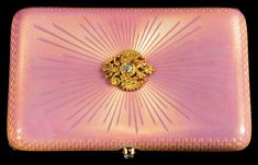 Weird Fashion, Pink Fashion, Perfect Pink, Pretty In Pink, Grain Of Sand, Cigarette Case, Rich Girl, Casket, Pink And Gold
