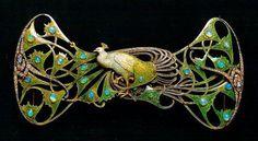 René Lalique. France, c.1898-1900. Gold, enamel, opals, diamonds. Gulbenkian museum, Lisbon, Portugal, peacock,