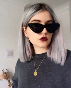 SILVER GREY HAIR TILLYJAYNEK