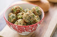 Broccoli Parmesan Meatballs Recipe / Vegetarian recipe. Could hide in marinara sauce to fool my kids?