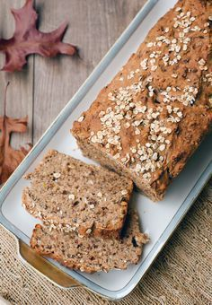 Gesundes Dinkel-Vollkornbrot mit Leinsamen Super juicy wholemeal spelled bread with oatmeal – a quick and easy recipe for homemade bread bread recipes # spelled recipes Bread Recipes, Baking Recipes, Vegan Recipes, Flax Seed Recipes, Vegan Bread, Whole Grain Bread, Pampered Chef, Bread Baking, Banana Bread