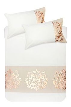 Get comfy with our duvet cover & duvet sets. At MRP Home you are spoilt for choice with a wide variety of duvet sets to complement up your bedroom desi Duvet Covers, Duvet Cover Sets, Home Furniture, Feminine Bedroom, Home Decor Online, Dream Decor, Decor Shopping Online, Gorgeous Furniture, Mr Price Home