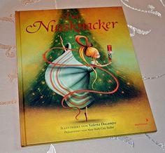 """""""Das Ballett-Märchen ist nicht nur ein Buch für Kinder. Es ist ein Buch für Genießer, die ihren Alltag um ein paar stimmungsvolle Momente bereichern möchten. ... Wer auf der Suche nach einem wunderschönen und sehr passenden Weihnachtsgeschenk ist, sollte hier etwas genauer hinsehen."""", Rezension zu Valeria Docampo: 'Der Nussknacker' von Kathrineverdeen"""