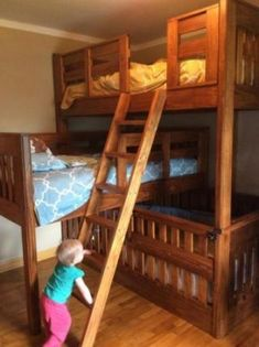 How to Build a Triple Bunk Bed with Crib Homesteading - The Homestead Survival .Com