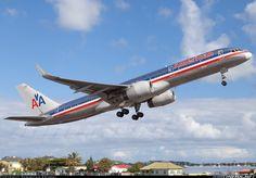 Don't often get to see departure pictures from TNCM. American Airlines, Boeing 757-223  Philipsburg / St. Maarten - Princess Juliana (SXM / TNCM) St. Maarten, March 11, 2014