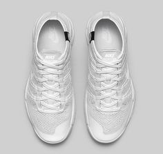 "Nike Flyknit Trainer Chukka FSB SP ""All White"""