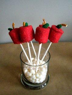 apple marshmallow pops