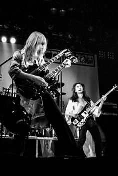 Great Bands, Cool Bands, Rush Music, Rush Concert, Guitar Strumming, Rush Band, Geddy Lee, Alex Lifeson, Neil Peart