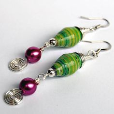 Paper bead goodness :) - JEWELRY AND TRINKETS