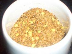 Für Hackfleischgerichte, Suppen, mediteranes Gemüse, Saucen uvm. ...    Zutaten :   2 EL Salz   1 EL Knoblauchsalz   1 TL Kreuzkümmel + ...