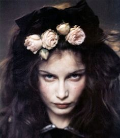 flowers in her hair + danger on her mind: Laetitia Casta by Paolo Roversi. Eerie Photography, Color Photography, Amazing Photography, Portrait Photography, Fashion Photography, Paolo Roversi, Laetitia Casta, Dark Beauty, Dark Fairytale