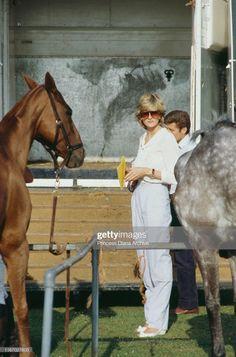 Princess Diana Death, Princess Diana Fashion, Princess Diana Pictures, Princess Of Wales, Princesa Diana, Polo Match, Second Wedding Anniversary, Real Queens, Charles And Diana