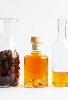 Homemade amaretto liqueur made with only 3 ingredients: apricot pits, vodka, and sugar. It's a quick and fuss-free recipe for amaretto. #amaretto #diyamaretto Austrian Recipes, Best Italian Recipes, Amaretto Recipe, After Dinner Drinks, Apple Strudel, Apricot Kernels, Stone Fruit, Dried Apricots