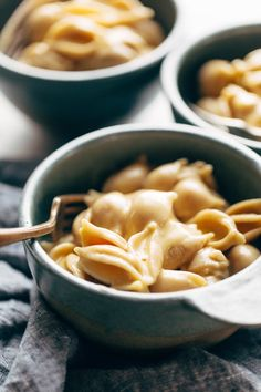 Instant Pot Mac and Cheese - made with 5 real food ingredients. This is SO MUCH BETTER than any mac and cheese I've ever had! | pinchofyum.com