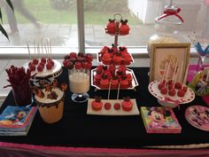 Walt Disney Candy Bar -Mickey and Minnie Mouse chocolate cupcakes