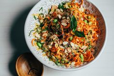 sweet potato noodle salad w/ creamy chipotle miso sauce Raw Sweet Potato, Sweet Potato Dishes, Sweet Potato Noodles, Salad With Sweet Potato, Veggie Noodles, Potato Salad, Vegetarian Lunch, Vegetarian Recipes, Cooking Recipes