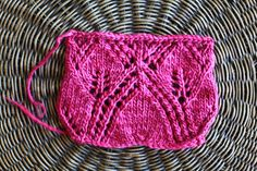 Notes on knitting lace with Freia