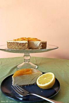 Raw and Vegan Mango Cheesecake